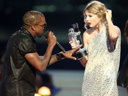 2009-VMA-Kanye-West-Taylor-Swift